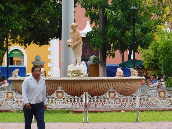 Centre colonial de Valladolid dans le Yucatan