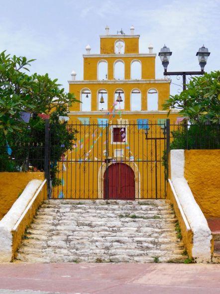 Basilique de Tekal de Venegas, dans le Yucatan