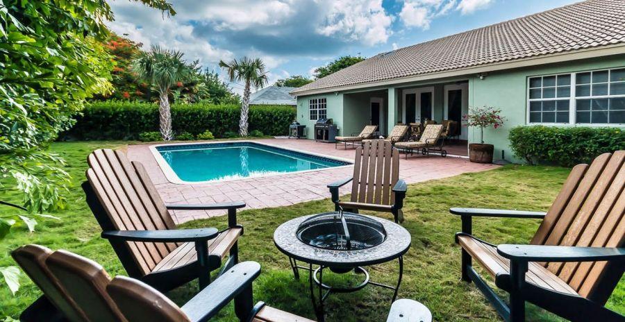 Exemple de petites maisons d'un étage qu'on peut trouver à peu près dans toutes les villes de Floride.