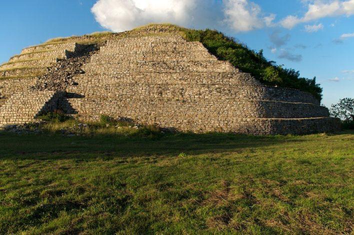 La pyramide de Kinch Kak Mo à Izamal.