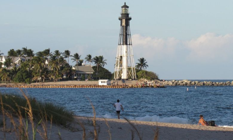 Le phare de Lighouse Point vu depuis Pompano Beach