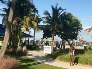 La nouvelle jetée de Pompano Beach est en cours de construction