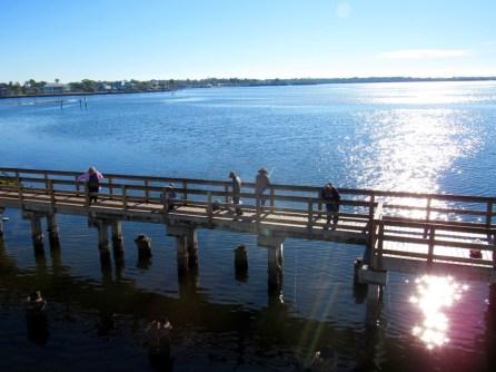 Pêcheurs sur la Lemon Bay entre Englewood et Englewood Beach (Floride)
