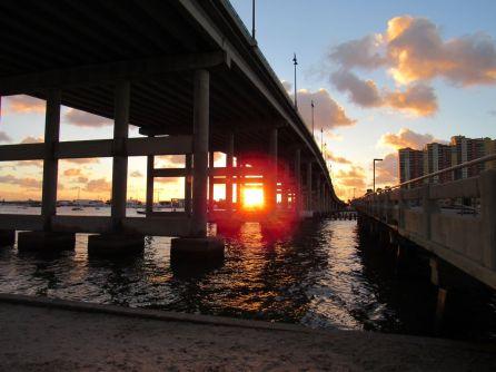 Blue Heron Bridge de Riviera Beach en Floride