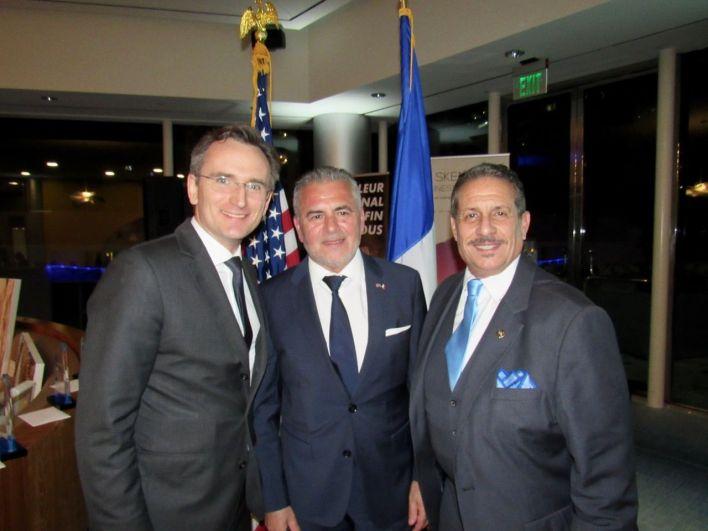 Clément Leclerc (consul de France), Alain Ouelhadj (pdt FACC) avec le commissionner Pepe Diaz.