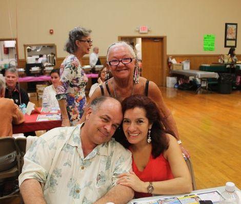 Richard Clavet, sa femme Edna et Mme Gibson, du Richard's Motel (Crédit photo : Club Optimiste)