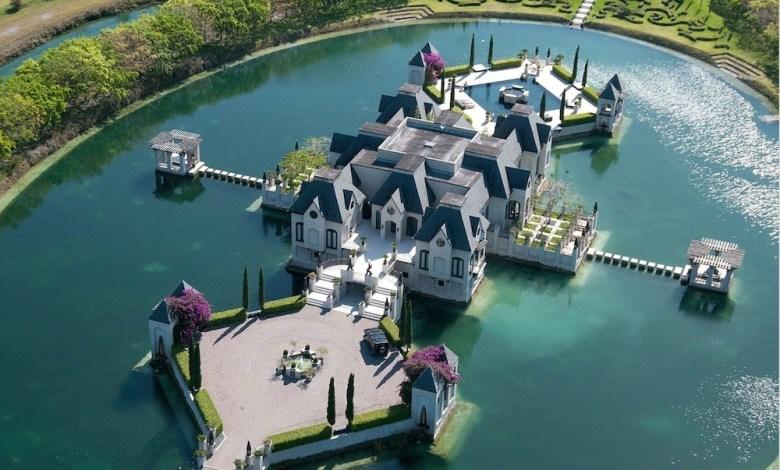 Le Chateau Artisan de Miami