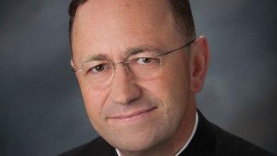 Photo of Abbé Marc Vernoy : un prêtre catholique français en Floride
