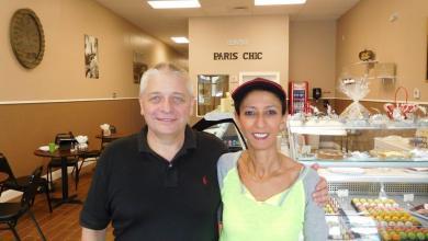Willy et Jamila Trouillez dans leur Paris Chic Bakery de Palm Beach Gardens