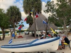 Bar The Cleat Mia au No Name Harbor dans le Cape Florida State Park sur l'île de Key Biscayne à Miami