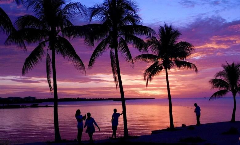 Un coucher de soleil sur l'île de Marathon en Floride