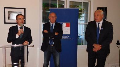 Clément Leclerc (consul de France à Miami) avec Bernard Laporte et Claude Atcher, le 18 août 2017.