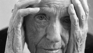 Une personne âgée.