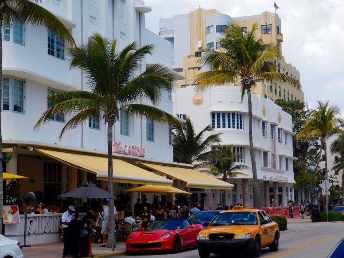 The Carlyle Hotel : hôtel art déco sur Ocean Drive à South Beach / Miami Beach