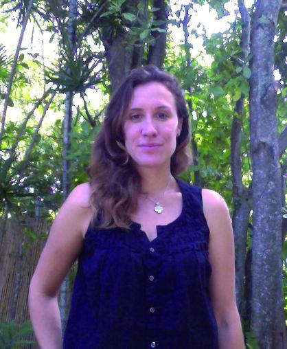Dr Annalea Vincent