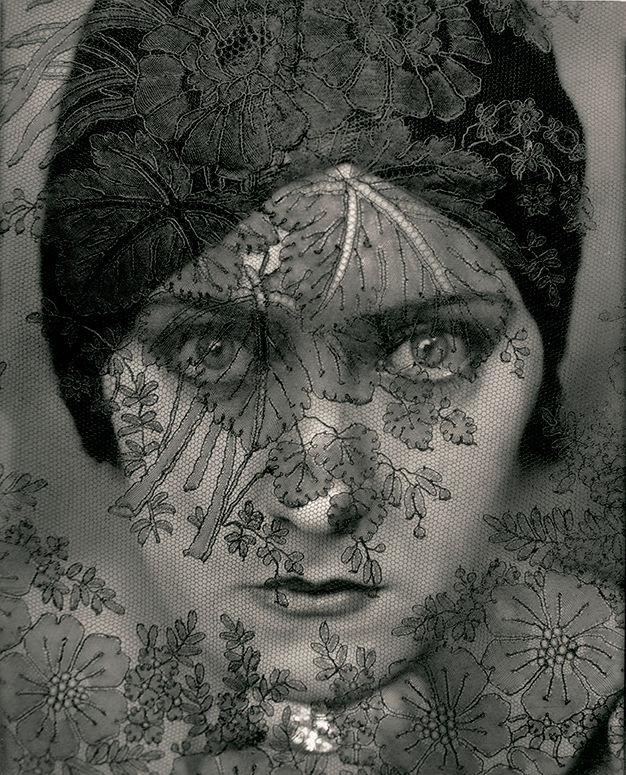 Image: Edward Steichen,Actress Gloria Swanson, 1924. George Eastman Museum, bequest of Edward Steichen under the direction of Joanna T. Steichen. © 2018 The Estate of Edward Steichen / Artists Rights Society (ARS), New York.