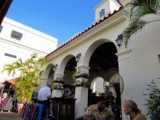 Librairie et restaurant Books & Books à Miracle Mile, l'artère centrale de Coral Gables, à Miami