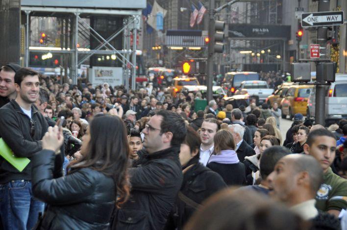 Black Friday à l'Apple Store de la 5e Avenue, à New York City.