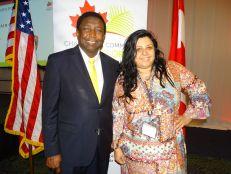 Dale Holness (maire de Broward) et Paola Isaac (développement économique du comté de Broward), lors du gala des 10 ans de la Chambre de commerce Canada-Floride
