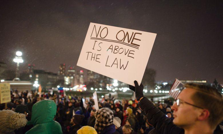 Les avocats français à Boston et tous les attorneys francophones dans le Maine, spécialisés en droit de l'immigration, accidents, famille, affaires...