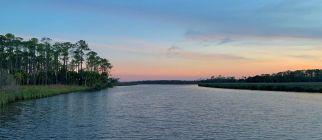 Coucher de soleil sur Tate's Hell à East Point en Floride