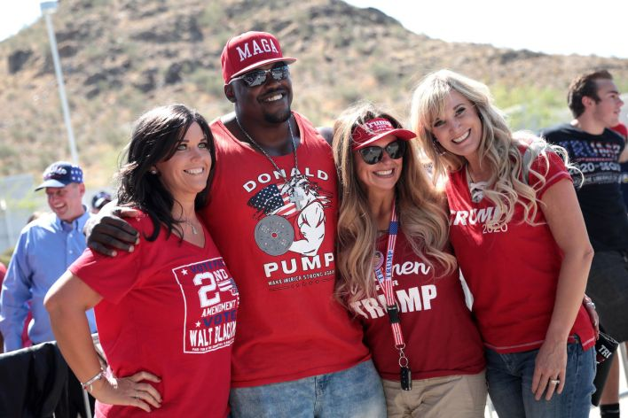 Supporters de Trump en juin en Arizona