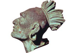 Sculpture sur bois datant de la fin du XIXe siècle et représentant Squanto.