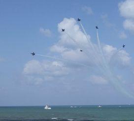 US Navy Blue Angels Photo courtesy of VKLancaster ©