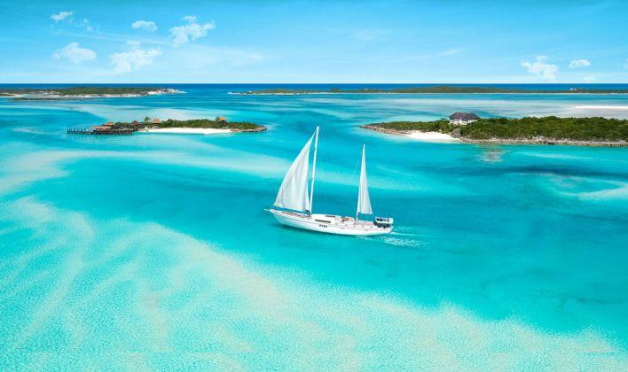 Faire une croisière aux Bahamas.