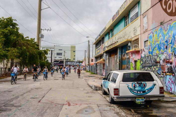 Bring Your Own Bike Street Art Tour Wynwood Miami