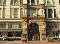 Le magasin géant Macy's de Broadway