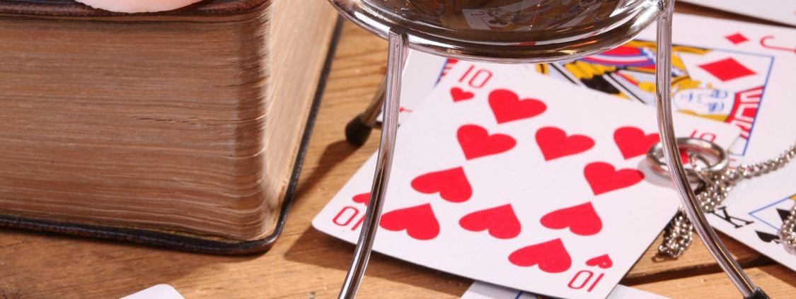 Cours de 32 cartes cartomancie le jeu du 32 cartes coupe cours de 32 cartes - Tirage des 32 cartes en coupe ...