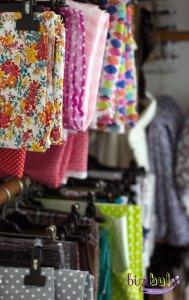atelier bizibul à port saint père création textile et cours de couture photo des tissus en stock