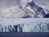 The boat approaches the glacier's southern flank, where it empties into Lago Argentino.