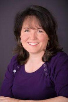 Laura Greco headshot