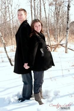 Regina Maternity Photography - Neufeld Family - Waldheim Maternity