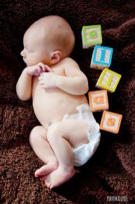 Regina Newborn Photographer - Name in blocks