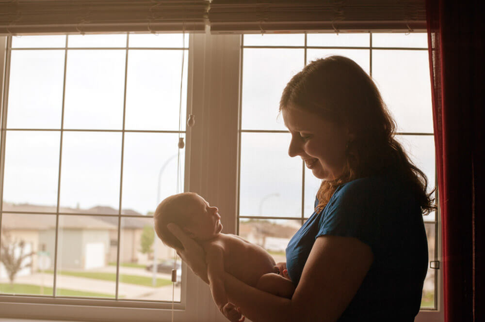 Regina Family Photographer - Jace Newborn - Favel Family - Window