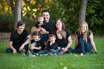 Regina Family Photographer - Favel Extended Family 2