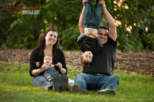 Regina Family Photographer - Favel Extended Family