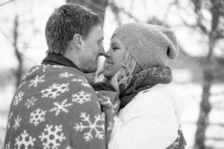 Regina Engagement Photographer - Stephen & Sara - Winter Love