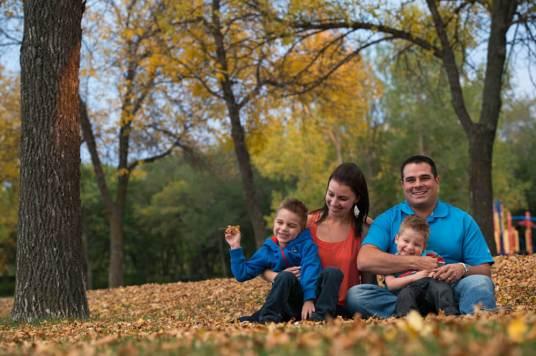 Favel family in Kiwanis Park - Favel Family 2015