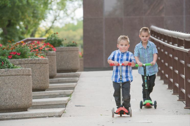 Scooter races in Downtown Regina - Favel Family 2016
