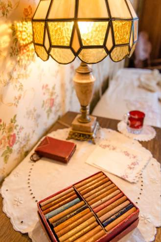 Regina Family Photographer - Governess' Room