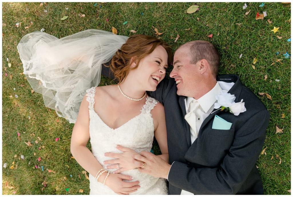 Regina Wedding Photographers - Gord-Mackenzie - Confetti - Regina Rotary Park