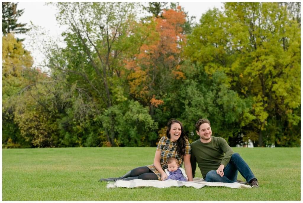 Regina Family Photography - Joel-Heather-Heidi - Fall Family Session - Wascana Park