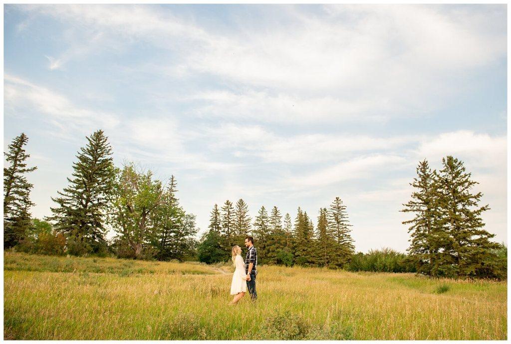 Regina Engagement Photography with Brett & Rachelle. Natural Light Engagement Session in Douglas Park. Regina Couple outside the Wascana Habitat Conservation Area.