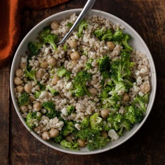 chickpea barley broccoli salad