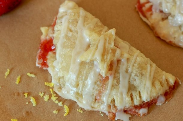 Easy Vegan Strawberry Hand Pies