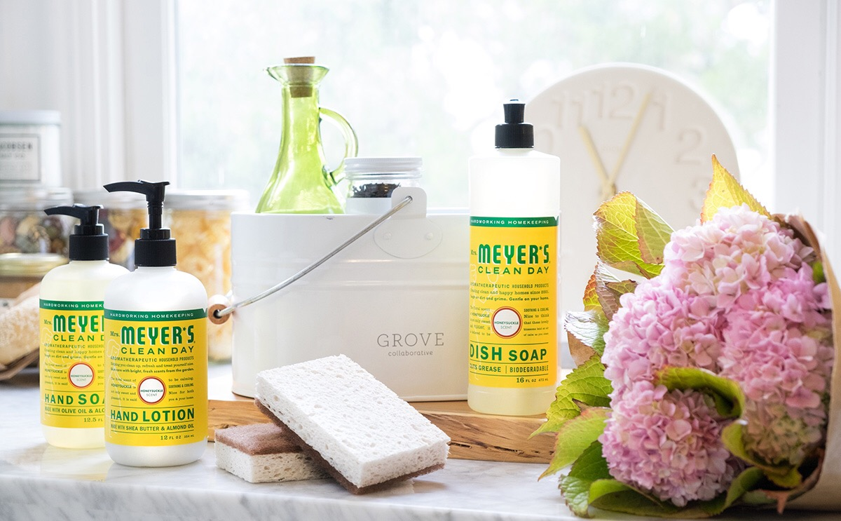A January Treat! Free Mrs. Meyer's Lotion — Only at Grove Collaborative!